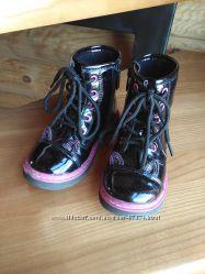 Лакированные деми ботиночки кошечки