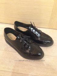 Чёрные кожаные туфли New look р. 39 стелька 24, 5-24, 8