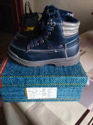 Ботинки осенние B&G