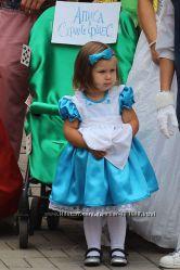 Алиса шляпник белая и красная королевы абсолем белый кролик туз пик. Костюмы