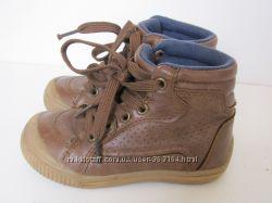 Деми ботинки отличное качество F&F 24 размер