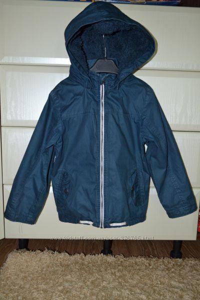 Куртка-ветровка H&M. Рост 116-122.