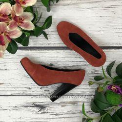 Актуальные туфли-лодочки из натуральной замши SH1836144