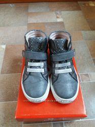 Продам ботинки Garvalin 31 размер