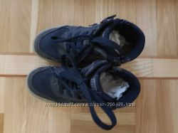 Geox ботинки почти новые  32р