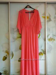 Продам платье нарядное, очень красивое