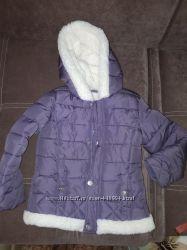 Курточка теплая в отличном состоянии