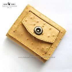f15e583e4882 Компактный кошелек из натуральной кожи ручной работы. Цвет пудра беж ...