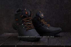 Мужские зимние ботинки Ecco black 552W-M1