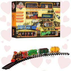 Детская железная дорога LIMO TOY 062040351 на радиоуправлении. Музыка свет