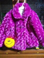 Супер стильное меховое пальтишко для маленькой модницы