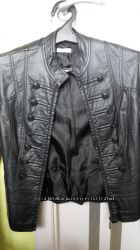 Почти новая куртка из кожзама