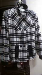 Короткое пальто для девушки