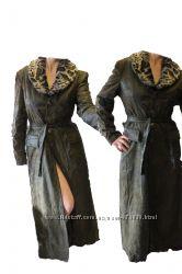 Эффектное демисезонное длинное пальто