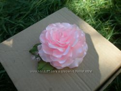 Роза на заколке повязке обруче