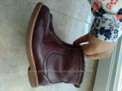 Крутые ботиночки  Clarks9f