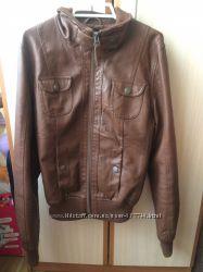 Курточка женская Terranova