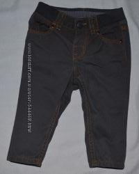 Зауженные штанишки H&M для мальчика 4-6 м