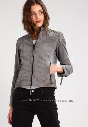 Демисезонная куртка косуха Bee Edgy, кожаная, котоновая