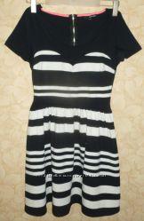 Черно-белое платье в полоску Tally Weijl