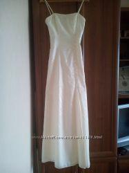 Красивое  свадебное , вечернее  платье