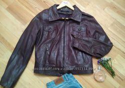 Стильная кожаная куртка TENAX