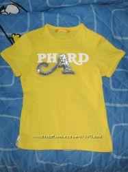 Яркая футболка со Сваровски кристаллами, 6 лет, состояние новой
