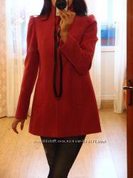 пальто для девушки цвета фуксии состояние-нового