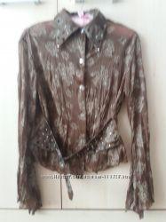 Блуза красивая и оригинальная р. 44 коричнево-хаки, с камнями