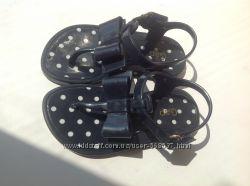Красивые сандали  GAP 15 см