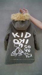 Крутая куртка парка пальто на 4-5 лет.