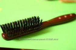 Расчёска деревянная с натуральной щетиной. бесплатная доставка