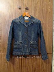 Продам джинсовую куртку-пиджак