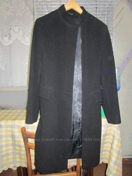 женское пальто Sensus шерсть состояние нового
