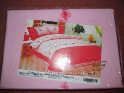 Комплект постельного белья с красивой вышивкой