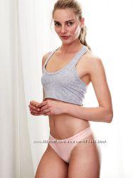 Нежные трусики от Victoria&acutes Secret в размере L