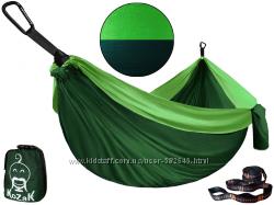 Лучший гамак по соотношению цена-качество из парашютного шелка.