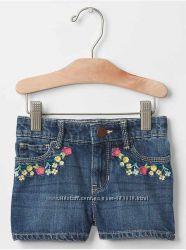 Шорты Gap на девочку 3 года с вышивкой, в наличии