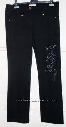 Новые чёрные нарядные брюки-джинсы Lasagrada