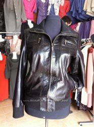 СрочноСтильная кожаная куртка