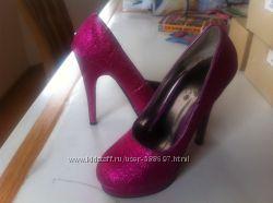 Туфли 32 размер на каблуке