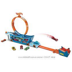Хот Вилс Трек трансформер Трюки и Гонки Hot Wheels Stunt Go Mobile Trackset
