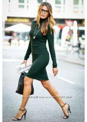 Трикотажна зелена сукня з високою горловиною з сайту bonprix. Нова.