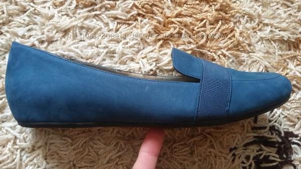 Tahari Adrian нові туфельки-балетки, низький хід, нубук, 24, 5-25 см.