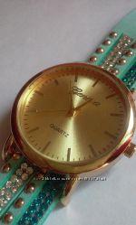 Часы наручные Geneva со стразами