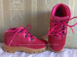 Ботинки демисезонные Adidas 27р-р, по стельке 17. 5см. Адидас. Идеальные