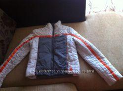 Деми спортивная курточка. Размер М