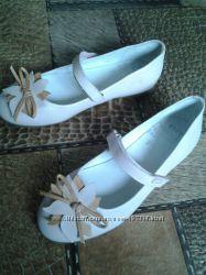 Туфли бледно розовые GARVALIN  Испания р. 35 натуральная кожа