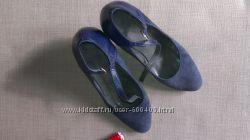 Замшевые синие туфельки