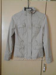 Стильная женская куртка-пиджак